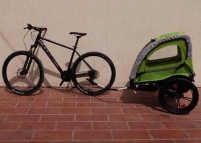 Location vélo et remorque enfant